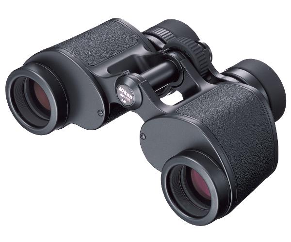 Nikon Бинокль  8x30 EII CF WFБинокли для спорта и отдыха<br>Небольшой, легкий, с широким полем зрения и высоким разрешением бинокль классической компоновки с системой призм Porro. Бинокль Nikon 8x30 EII - один из лучших широкоугольных биноклей небольших габаритов c оптикой превосходного качества. <br> Он подойдёт для орнитологии, туризма и многих других увлечений, показывая великолепное японское качество и обеспечивая превосходную эргономику. <br> Для изготовлении оптики используется стекло Eco-glass, не содержащее свинца и мышьяка. Все линзы имеют многослойное просветляющее покрытие. Корпус бинокля выполнен из магниевого сплава.<br><br>Тип: Бинокль EII<br>Цвет: Черный<br>Диаметр объектива (мм): 30<br>Влагозащищенность: Брызгозащита<br>Поле зрения (°): 8,8<br>Увеличение (x): 8<br>Выходной зрачок (мм): 3,8<br>Вынос точки визирования (мм): 13,8<br>Относительная яркость: 14,4<br>Минимальное расстояние фокусировки (м): 3<br>Регулировка расстояния между центрами окуляров (мм): 56-72<br>Тип призмы: Перископ<br>Артикул: BAA055AA