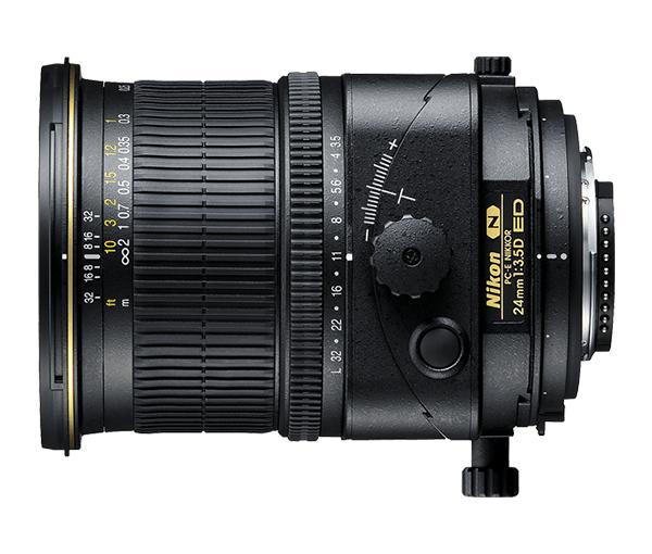 Nikon PC-E NIKKOR 24mm f/3.5D EDСпециальные<br>Широкоугольный объектив PC имеет угол зрения 84°, функции наклона и смещения, а также механизм поворота на +/- 90°. Идеальное решение для съемки архитектуры, городских пейзажей, природы и обычных фотографий в помещении. Оснащен нанокристаллическим покрытием и элементами из стекла со сверхнизкой дисперсией (ED) для превосходных оптических характеристик при работе с современными цифровыми зеркальными фотокамерами высокого разрешения. Снабжен электронным управлением диафрагмой и ручной фокусировкой для использования с фотокамерами с электронным дальномером.<br><br>Тип: С фиксированным фокусным расстоянием<br>Фокусное расстояние: 24 мм (36 мм в формате DX)<br>Максимальная диафрагма: 3.5<br>Минимальная диафрагма: 32<br>Подавление вибраций: Нет<br>Конструкция объектива: 13 элементов в 10 группах (в том числе 3 элемента из стекла ED, 3 асферические линзы и нанокристаллическое покрытие Nano Crystal Coat)<br>Угол зрения: FX: 84°, DX: 61°<br>Минимальное расстояние фокусировки: 0,21 м<br>Количество лепестков диафрагмы: 9<br>Установочный размер фильтра: 77 мм<br>Артикул: JAA631DA