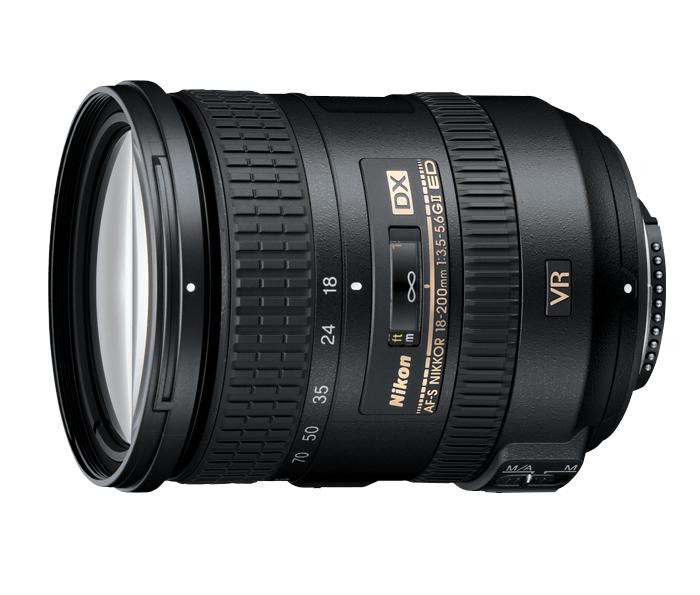 Nikon AF-S DX NIKKOR 18-200mm f/3.5-5.6G ED VR IIТелеобъективы<br>Оснащенный системой подавления вибраций Nikon и уникальным бесшумным ультразвуковым мотором (мотором SWM), объектив предоставляет неограниченные возможности для съемки при недостаточном освещении, обеспечивая стабилизацию изображения как на матрице, так и в видоискателе, а система автофокуса работает быстро и бесшумно. <br> <br> Высококачественная оптическая конструкция отличается наличием многослойного просветляющего покрытия Nikon и двух элементов из стекла ED, обеспечивая превосходное воспроизведение цвета с минимальным искажением. <br><br><br> Практичный переключатель блокировки зума обеспечивает защиту объектива, когда он не используется. Этот универсальный многофункциональный объектив отличается великолепным соотношением цены-качества, являясь идеальным выбором для съемки любых сюжетов: от широких пейзажей до макросъемки удаленных объектов.<br><br>Тип: Зум-объектив<br>Цвет: Черный<br>Фокусное расстояние: 18-200 мм (27-300 мм в формате DX)<br>Максимальная диафрагма: 3,5-5,6<br>Минимальная диафрагма: 22-36<br>Подавление вибраций: Да<br>Конструкция объектива: 16 элементов в 12 группах (включая 2 элемента из стекла ED и 3 асферические линзы)<br>Угол зрения: DX: 76°–8°<br>Минимальное расстояние фокусировки: 0,5 м<br>Количество лепестков диафрагмы: 7<br>Установочный размер фильтра: 72 мм<br>Артикул: JAA813DA