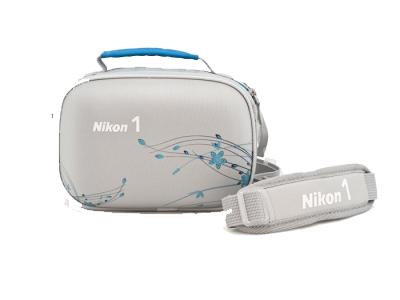 Nikon Сумка для фотокамеры  1 сераяЧехлы, кофры<br>Сумка<br>для фотокамер Nikon 1<br><br>Тип: Чехол для Nikon 1<br>Артикул: VAE23001