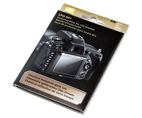 Nikon Защитное стекло дисплеяЗащита фотокамер<br>Защитное стекло для дисплеев следующих моделей фотокамер Nikon: D4s, D810/D810a, Df, D750.<br> Размер: 66 х 50 мм (диагональ 80 мм). Модель LPG-001.<br> <br> Комплект поставки:<br> - ткань для протирки экрана;<br> - защитное химически закаленное стекло.<br> <br> Страна изготовления: Япония.<br><br>Артикул: VJE00101