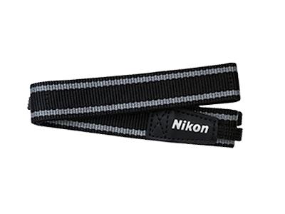 Nikon Ремень для переноски AN-CP22Ремни<br>Шейный ремень для определенных моделей фотокамер COOLPIX. Обеспечивает удобство ношения фотокамеры и готовность к съемке в любой момент.<br><br>Тип: Ремень для фотокамеры<br>Артикул: VHS01601