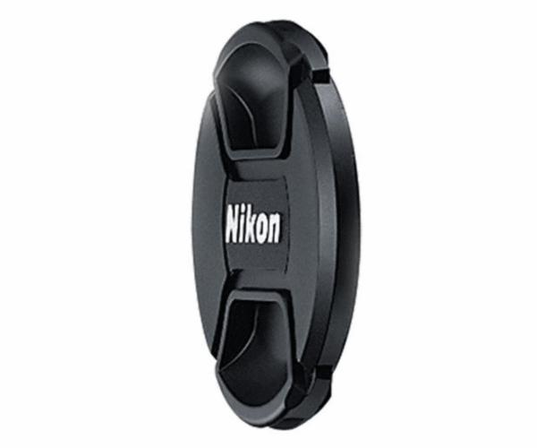 Nikon Крышка для объектива 82mm LC-82Крышки<br>Передняя защитная крышка на объектив диаметром 82мм (82mm), изготовленная из пластмассы, защищает переднюю линзу объектива от пыли, грязи и царапин при хранении или транспортировке. <br> <br> Совместимые объективы Nikkor: AF-S NIKKOR 24-70mm f/2.8E ED VR<br><br>Тип: Крышка для объектива<br>Артикул: JAD10901