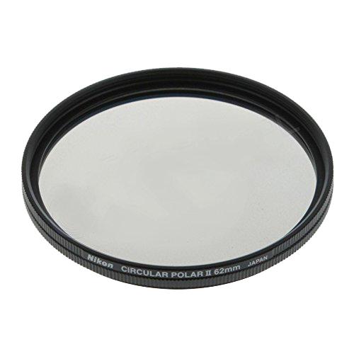 Nikon Поляризационный фильтр 62mm C-PL IIФильтры<br>Этот фильтр позволяет снимать через стекла в окнах, а также уменьшать отражения от водных поверхностей, освещенных солнцем деревьев и травы. Такие фильтры применяются как для цветной, так и для черно-белой фотографии. <br> <br> Установочный диаметр - 62мм (62mm)<br> Производство: Япония<br><br>Тип: Фильтр для объектива<br>Артикул: FTA11501