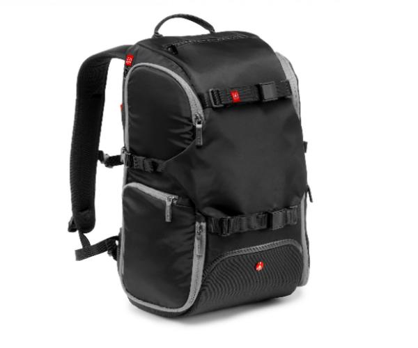 Nikon Manfrotto Рюкзак для фотоаппаратуры Travel Backpack (черный)Чехлы, кофры<br>В путешествиях рюкзак - это идеальное решение для фотографа, который хочет иметь при себе все, что нужно: фотоаппарат, штатив аксессуары и личные вещи. Все может прекрасно уместиться в один единственный компактный рюкзак, который легко и удобно но...<br><br>Тип: Рюкзак для фотоаппаратуры<br>Цвет корпуса: Черный