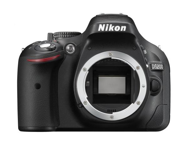 Nikon  D5200 body  ЧерныйЛюбительские<br>Во всех случаях — от захватывающих дух фотографий до плавно отснятых видеороликов Full HD — эта цифровая зеркальная фотокамера поможет вам раскрыть творческие способности.<br> <br> Удобный экран с переменным углом наклона предоставляет возможност...<br><br>Тип: Цифровая зеркальная фотокамера<br>Формат матрицы: DX<br>Тип матрицы, размер: КМОП: 23,5 x 15,6 мм<br>Эффективное число пикселей: 24,1 млн<br>Процессор (АЦП): EXPEED 3<br>Чувствительность ISO: 100–6400 единиц ISO с шагами 1/3 EV. Может быть установлена примерно на 0,3, 0,7, 1 или 2 EV (эквивалентно 25 600 единицам ISO) выше чувствительности 6400 единиц ISO<br>Автофокусировка: Multi-CAM 4800DX с TTL определением фазы, 39 точками фокусировки (включая 9 датчиков перекрестного типа)<br>Режим зоны автофокуса: Одноточечная АФ, 9-, 21- или 39-точечная динамическая АФ, 3D слежение, автоматический выбор зоны АФ<br>Выдержка синхронизации: 1/200 с; синхронизация с затвором при выдержке не менее 1/200 с<br>Режимы съемки: «Покадровая», «Непрерывная медленная», «Непрерывная быстрая», «Автоспуск», «Спуск с задержкой»; «Быстрый спуск» (ML-L3); «Тихий затвор» (ML-L3); поддерживается интервальная съемка<br>Контроль экспозиции: P, S, A, M, aвтоматические режимы (авто; авто (вспышка выключена)); сюжетные режимы («Портрет»; «Пейзаж»; «Ребенок»; «Спорт»; «Макро»; «Ночной портрет»; «Ночной пейзаж»; «Праздник / в помещении»; «Пляж/снег»; «Закат»; «Сумерки/рассвет»; «Портрет питомца»; «Свет от свечи»; «Цветение»; «Краски осени»; «Еда»); режимы спецэффектов (ночное видение; цветной эскиз; эффект миниатюры; выборочный цвет; силуэт; высокий ключ; низкий ключ)<br>Коррекция экспозиции: От -5 до +5 EV с шагом 1/3 или 1/2 EV в режимах P, S, A и M<br>Баланс белого: Авто, Лампа накаливания, Лампа дневного света (7 типов), Прямой солнечный свет, Вспышка, Облачно, Тень и Ручная настройка; для всех режимов, кроме Ручной настройки, возможна тонкая настройка<br>Скорость съемки: До 5 к/сек<br>Видеоролики — ра