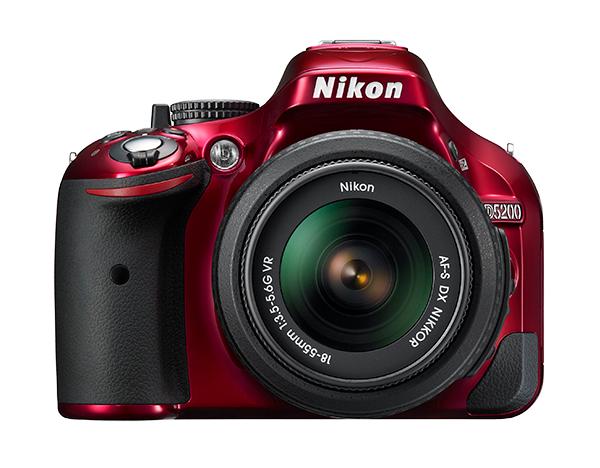 Nikon  D5200 Kit AF-S DX 18-55mm f/3.5-5.6G VR II  Красный
