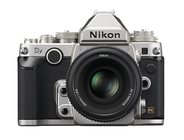 Nikon  Df Kit + AF-S 50mm f/1.8 СеребристыйПрофессиональные<br>Корпус в стиле ретро и та же матрица формата FX с разрешением 16,2 мегапикселя, которая используется в ведущей фотокамере линейки Nikon, D4, пробуждает интерес к фотосъемке как внешним видом, так и функциональными возможностями.<br> <br> Фотографии с...<br><br>Тип: Цифровая зеркальная фотокамера<br>Формат матрицы: FX<br>Тип матрицы, размер: КМОП: 36,0 x 23,9 мм<br>Эффективное число пикселей: 16,2 млн<br>Процессор (АЦП): EXPEED 3<br>Чувствительность ISO: От 100 до 12 800 единиц ISO с шагом 1/3 EV. Также можно установить значение приблизительно на 0,3; 0,7 или 1 EV (эквивалентно 50 единицам ISO) ниже чувствительности 100 единиц ISO либо значение приблизительно на 0,3; 0,7; 1, 2, 3 или 4 EV (эквивалентно 204 800 единицам ISO) выше чувствительности 12 800 единиц ISO<br>Автофокусировка: Multi-CAM 4800 с определением фазы TTL, тонкой подстройкой и 39 точками фокусировки (включая 9 датчиков перекрестного типа; 33 центральные точки доступны при диафрагме менее f/5,6 и более f/8; 7 центральных точек фокусировки доступны при диафрагме f/8)<br>Режим зоны автофокуса: Одноточечная АФ; 9-, 21- или 39-точечная динамическая АФ, 3D-слежение, автоматический выбор зоны АФ<br>Выдержка синхронизации: 1/200 с; синхронизация с затвором при выдержке не короче 1/250 с<br>Режимы съемки: Покадровая съемка, непрерывная низкоскоростная съемка, непрерывная высокоскоростная съемка, тихий затвор, автоспуск, подъем зеркала<br>Контроль экспозиции: P, S, A, M<br>Коррекция экспозиции: От ?3 до +3 EV с шагом 1/3, 1/2 или 1 EV<br>Баланс белого: Авто (2 варианта), Лампы накаливания, Лампы дневного света (7 вариантов), Прямой солнечный свет, Вспышка, Облачно, Тень, Ручная настройка (возможность хранения до 4 значений, в режиме live view можно измерить точечный баланс белого), выбор цветовой температуры (в диапазоне от 2500 до 10 000 К); тонкая настройка доступна для всех значений<br>Скорость съемки: До 5,5 к/сек<br>Видеоролики — размер кадра (