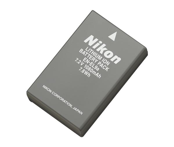 Nikon Батарея EN-EL9aПитание фотокамер<br>Компактная литий-ионная аккумуляторная батарея, обладающая большой емкостью и имеющая длительный срок службы. <br><br>Тип Li-lon. <br>Емкость 1080 mAh. <br>Номинальное напряжение 7.2 V. <br>Заряжается при помощи зарядного устройства MH-23 <br><br>Подходит для фотокамер D40, D40X, D60, D3000, D5000<br><br>Тип: Литий-ионная аккумуляторная батарея<br>Артикул: VFB10201