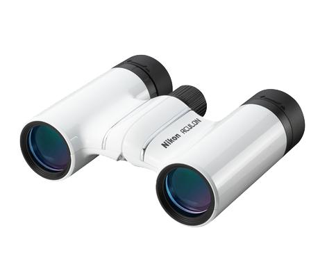 Nikon  Бинокль Aculon T01 8x21 БелыйБинокли компактные<br>Законодатель моды в мире первоклассной оптики Nikon! <br> <br> Превосходные характеристики и стильный дизайн по цене базовой модели. Компактный и легкий бинокль ACULON T01 с объективом размером 21 мм и 8-кратным увеличением идеально подходит для любого о...<br><br>Тип: Бинокль Aculon<br>Диаметр объектива (мм): 21<br>Влагозащищенность: Нет<br>Увеличение (x): 8<br>Выходной зрачок (мм): 2.6<br>Вынос точки визирования (мм): 10.3<br>Относительная яркость: 6.8<br>Минимальное расстояние фокусировки (м): 3<br>Реальный угол зрения (°): 6.3<br>Регулировка расстояния между центрами окуляров (мм): 56-72<br>Тип призмы: Roof<br>Питание: Нет<br>Цвет корпуса: Белый