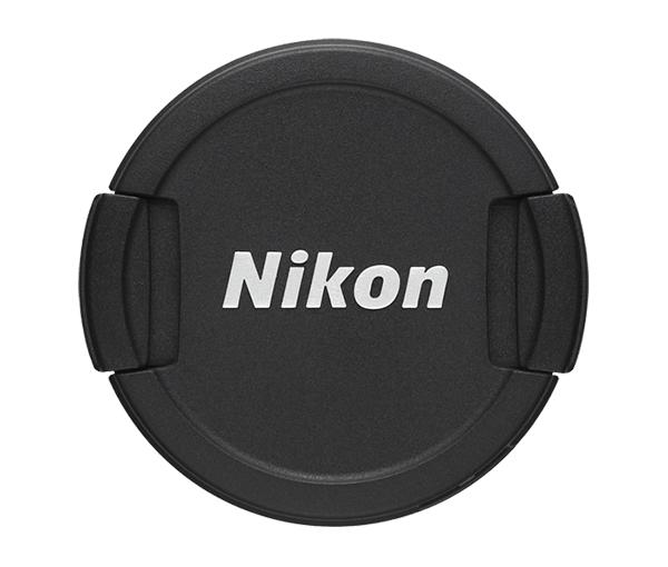 Nikon Крышка объектива для фотокамер COOLPIX P510, P520, P530 LC-CP24Защита фотокамер<br>Передняя защитная крышка на объектив некоторых моделей компактных фотокамер Coolpix, изготовленная из пластмассы, защищает переднюю линзу объектива от пыли, грязи и царапин при хранении или транспортировке. <br><br>Совместимые фотокамеры COOLPIX P510, P520, P530<br><br>Тип: Крышка объектива для фотокамеры<br>Артикул: VAD01001
