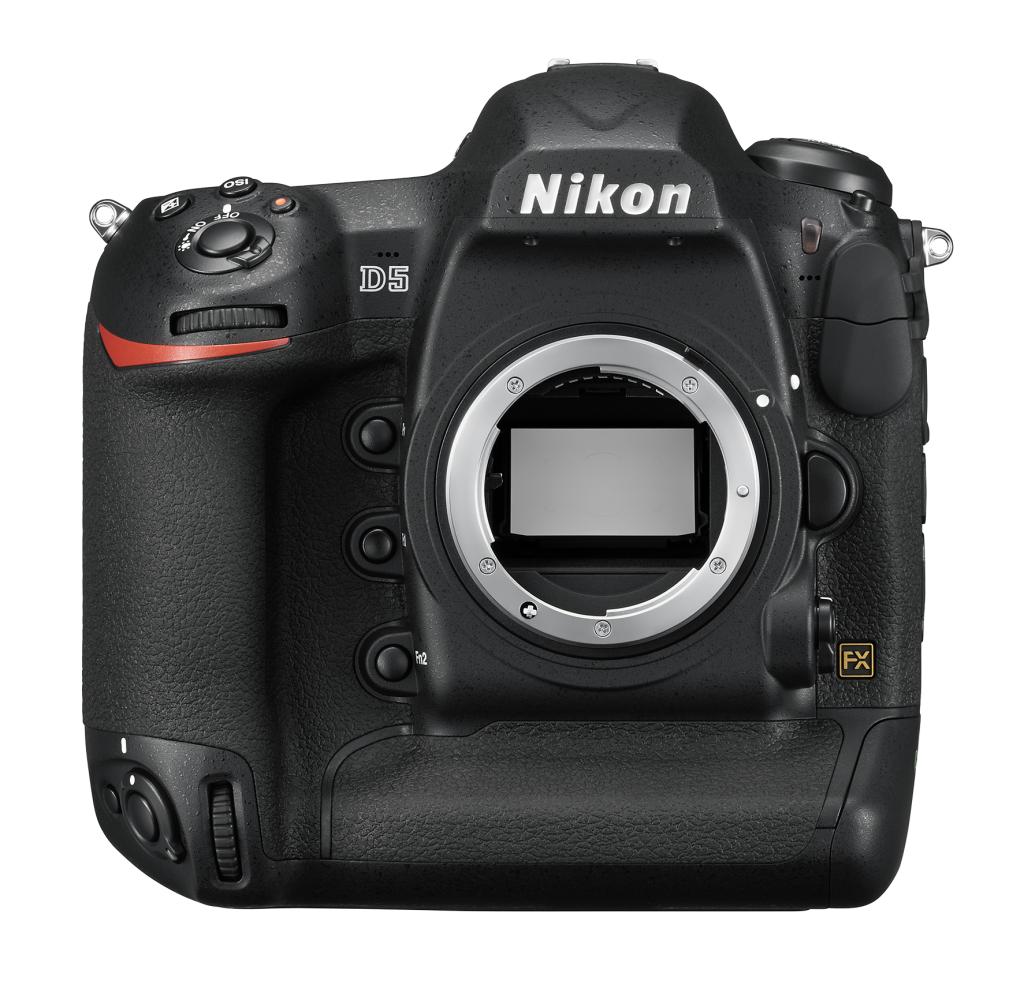 Nikon D5 (без объектива) слот для карт памяти CFПрофессиональные<br>C ПОМОЩЬЮ ФОТОКАМЕРЫ D5 МОЖНО СНИМАТЬ ТО, ЧТО НЕ ВИДНО ГЛАЗУ<br> <br> <br>Реализованная в фотокамере Nikon D5 153-точечная система АФ следующего поколения позволяет работать в самых разных условиях, от динамичных гонок до претенциозных светских мероприятий. Необычайно широкий спектр применения и новый буфер, позволяющий снять 200 изображений формата NEF (RAW) при высокоскоростной серийной съемке. Новая матрица и датчик для замера экспозиции обеспечивают исключительно точное распознавание объектов съемки и деталей изображения. Широчайший в истории Nikon диапазон светочувствительности открывает возможности съемки практически в любых условиях, от яркого солнечного света до астрономических сумерек. Для видеооператоров, стремящихся к совершенству, подойдет встроенный режим D-видео, благодаря которому прямо в фотокамере можно записывать видеоролики в формате 4K/UHD.<br><br>Тип: Цифровая зеркальная фотокамера<br>Формат матрицы: FX<br>Тип матрицы, размер: КМОП: 35,9 x 23,9 мм<br>Эффективное число пикселей: 20,8 млн<br>Процессор (АЦП): EXPEED 5<br>Чувствительность ISO: От 100 до 102 400 единиц ISO; можно также установить значения прибл. на 1 EV ниже 100 (эквивалентно 50 единицам ISO) или значения прибл. на 5 EV выше 102 400 (эквивалентно 3 280 000 единиц ISO); возможность автоматического управления чувствительностью ISO.<br>Автофокусировка: Multi-CAM 20K с определением фазы TTL, тонкой настройкой и 153 точками фокусировки (включая 99 датчиков перекрестного типа; значение f/8 поддерживают 15 датчиков) из которых 55 (35/9) доступны для выбора.<br>Режим зоны автофокуса: Одноточечная АФ, 25-, 72- или 153-точечная динамическая АФ, 3D-слежение, групповая АФ, автоматический выбор зоны АФ.<br>Выдержка синхронизации: 1/250 с (есть высокоскоростная синхронизация)<br>Режимы съемки: S (покадровая съемка), CL (непрерывная низкоскоростная съемка), CH (непрерывная высокоскоростная съемка), Q (тихий затвор), автоспуск, MUP 