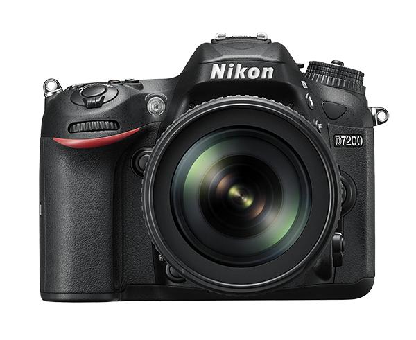 Nikon D7200 Kit + AF-S 18-105mm f/3,5-5,6G ED VRЛюбительские<br>Эта цифровая зеркальная фотокамера формата DX гарантирует получение превосходных резких изображений и видео в отличном качестве, а также предоставляет все возможности для связи. Эта универсальная модель с быстрым откликом превосходит любые ожидания.<br> <br> D7200 — само совершенство. Оснащенная такой же системой автофокусировки, которая используется и в легендарных профессиональных фотокамерах Nikon, эта модель способна обеспечить точный «захват» объекта вплоть до ?3 EV. Специальное меню с настройками видео и расширенные настройки управления звуком предоставляют широкие возможности для съемки. Откройте новые творческие горизонты благодаря возможности создавать фотографии со световым следом и выполнять плавную цейтраферную видеосъемку. Используйте с фотокамерой объективы NIKKOR, чтобы запечатлеть мельчайшие детали. Встроенная поддержка технологий Wi-Fi и NFC упрощает передачу незабываемых снимков.<br><br>Тип: Цифровая зеркальная фотокамера<br>Формат матрицы: DX<br>Тип матрицы, размер: КМОП: 23,5 x 15,6 мм<br>Эффективное число пикселей: 24,2 млн<br>Процессор (АЦП): EXPEED 4<br>Чувствительность ISO: От 100 до 25 600 единиц ISO с шагом 1/3 или 1/2 EV; в режимах P, S, A и M можно установить значения прибл. на 1 или 2 EV (эквивалент 102 400 единиц ISO, только в режиме «Монохромный») больше 25 600 единиц ISO; доступно автоматическое управление чувствительностью ISO<br>Автофокусировка: Advanced Multi-CAM 3500 II с определением фазы TTL, точной настройкой, 51 точкой фокусировки (включая 15 датчиков перекрестного типа; 1 датчик поддерживает светосилу f/8)<br>Режим зоны автофокуса: Одноточечная АФ; 9-, 21- или 51-точечная динамическая АФ, 3D-слежение (51 точка), автоматический выбор зоны АФ<br>Выдержка синхронизации: 1/250 с; синхронизация с затвором при выдержке 1/320 с или длиннее (расстояние съемки со вспышкой уменьшается при выдержках от 1/320 до 1/250 с)<br>Режимы съемки: S (покадровая съемка), CL (непрерывн