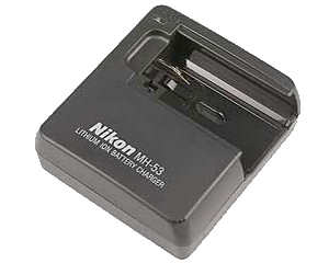 Nikon Зарядное устройство MH-53Питание фотокамер<br>Зарядное устройство MH-53 предназначено для зарядки литий-ионных аккумуляторных батарей Nikon EN-EL1 <br><br><br>  <br>Применяется для компактных камер: Coolpix 5700, Coolpix 5000, Coolpix 4500, Coolpix 4300, Coolpix 885<br><br>Тип: Быстрое зарядное устройство<br>Артикул: VAK123EA
