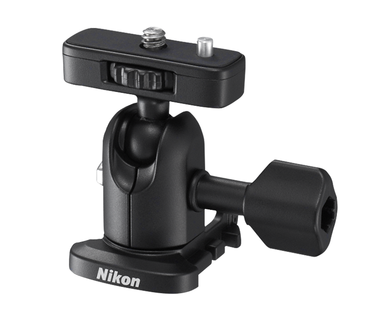 Nikon Опорный переходник AA-1AДля экшн-камер<br>Присоединяйте определенные модели камер KeyMission к большому числу съемных принадлежностей. Просто присоединив этот опорный переходник к штативному гнезду камеры, можно присоединять и снимать съемные принадлежности с помощью быстросъемного башмака. Данный переходник снабжен шарниром, обеспечивающим полное свободное вращения камеры на креплении. При использовании с камерой KeyMission 80 требуется переходник штатива ET-AA1.<br><br>Тип: Аксессуар для KeyMission<br>Артикул: VAW25501