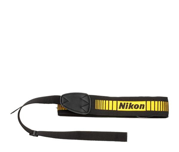 Nikon Ремень для телеобъективов LN-1Чехлы<br>Ремень для переноски больших и тяжелых телеобъективов.<br><br>Тип: Ремень для объектива<br>Артикул: JAW10101