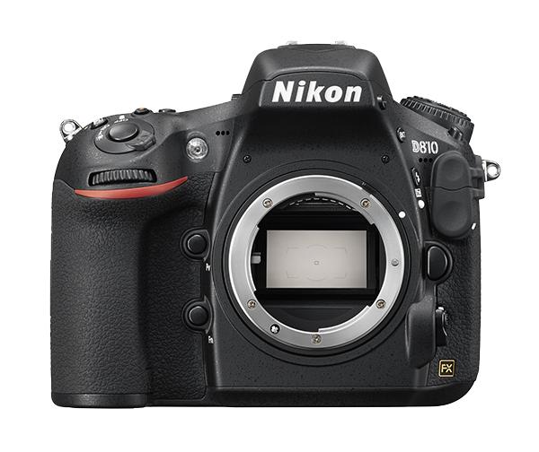 Nikon D810 (без объектива)Профессиональные<br>Эта универсальная фотокамера с разрешением 36,3 млн пикселей позволит снять все — от мельчайших текстур до быстро движущихся объектов. <br> <br> Модернизированная матрица формата FX, сверхширокий диапазон значений ISO и система обработки изображений EXPEED 4 гарантируют беспрецедентную резкость, отличную передачу оттенков и более низкий уровень шума во всем диапазоне чувствительности. <br> <br> Благодаря передовой скорости автофокусировки, серийной съемке со скоростью до 7 кадров в секунду, а также видеосъемке в формате Full HD (1080/60p) фотокамера предоставит полную свободу действий при съемке любого сюжета и запечатлеет его с высочайшей точностью. Система Picture Control 2.0 от компании Nikon предоставляет исключительные возможности для обработки и оптимизации изображений непосредственно на фотокамере.<br><br>Тип: Цифровая зеркальная фотокамера<br>Формат матрицы: FX<br>Тип матрицы, размер: КМОП: 35,9 x 24,0 мм<br>Эффективное число пикселей: 36,3 млн<br>Процессор (АЦП): EXPEED 4<br>Чувствительность ISO: 64–12 800 единиц ISO с шагом 1/3, 1/2 или 1 EV. Также можно установить значение приблизительно на 0,3; 0,5; 0,7 или 1 EV (эквивалентно 32 единицам ISO) ниже чувствительности 64 единицы ISO либо значение приблизительно на 0,3; 0,5; 0,7; 1 или 2 EV (эквивалентно 51 200 единицам ISO) выше чувствительности 12 800 единиц ISO<br>Автофокусировка: Advanced Multi-CAM 3500FX с определением фазы TTL, точной настройкой, 51 точкой фокусировки (включая 15 датчиков перекрестного типа; 11 датчиков поддерживают светосилу f/8)<br>Режим зоны автофокуса: Одноточечная АФ, 9-, 21- или 51-точечная динамическая АФ, 3D-слежение, групповая АФ, автоматический выбор зоны АФ<br>Выдержка синхронизации: 1/250 с; синхронизация с затвором при выдержке 1/320 с или длиннее<br>Режимы съемки: S (покадровый), CL (непрерывный низкоскоростной), CH (непрерывный высокоскоростной), Q (тихий спуск затвора), автоспуск, MUP (подъем зеркала), QC (тихий непрерывный с
