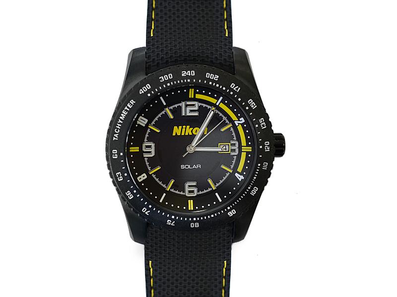 Nikon Часы с логотипомСувениры<br>Мужские наручные часы от ТД «Полет» специально изготовленные для компании Nikon это практичный и статусный аксессуар, который будет отличным спутником любого успешного фотографа.<br><br>Цвет: Черный<br>Артикул: 10125324KK