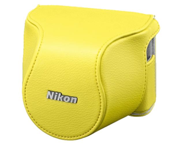Nikon Чехол CB-N2210SA жёлтый  для  1 J4 и S2Для фотокамер Nikon 1<br>Футляр для объектива присоединяется к чехлу для фотокамеры, что позволяет делать фотографии, не снимая футляра для корпуса фотокамеры. Если съемка выполняется со штатива, футляр для корпуса фотокамеры можно присоединить к штативу, чтобы обеспечить доп...<br><br>Тип: Чехол для Nikon 1<br>Цвет корпуса: Желтый