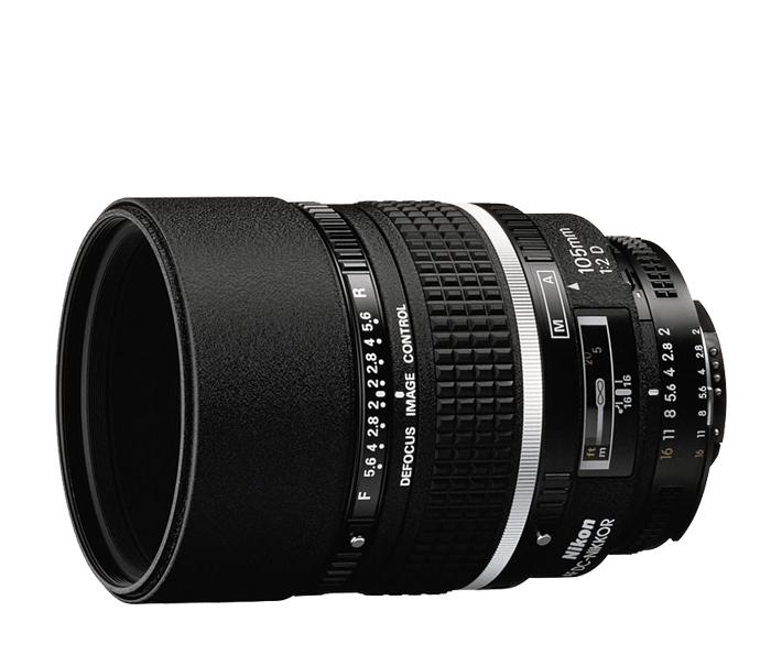 Nikon AF DC NIKKOR 105mm f/2DТелеобъективы<br>DC (англ. DefocusImageControl— управление расфокусировкой изображения) позволяет контролировать степень размытости зоны нерезкости на переднем или заднем плане изображения. С фокусным расстоянием 105 мм и большой светосилой f/2 этот объектив демонстрирует хорошие результаты при съемке портретов, обеспечивая резкость и превосходное боке.<br><br>Тип: С фиксированным фокусным расстоянием<br>Фокусное расстояние: 105 мм (157,5 мм в формате DX)<br>Максимальная диафрагма: 2<br>Минимальная диафрагма: 16<br>Подавление вибраций: Нет<br>Конструкция объектива: 6 элементов в 6 группах<br>Угол зрения: FX: 23°20, DX: 15°20<br>Минимальное расстояние фокусировки: 0,9 м<br>Количество лепестков диафрагмы: 9<br>Установочный размер фильтра: 72 мм<br>Артикул: JAA327DA